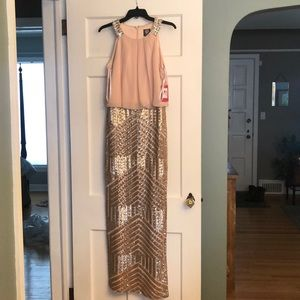 NWT!!! Vince Camuto sequin dress